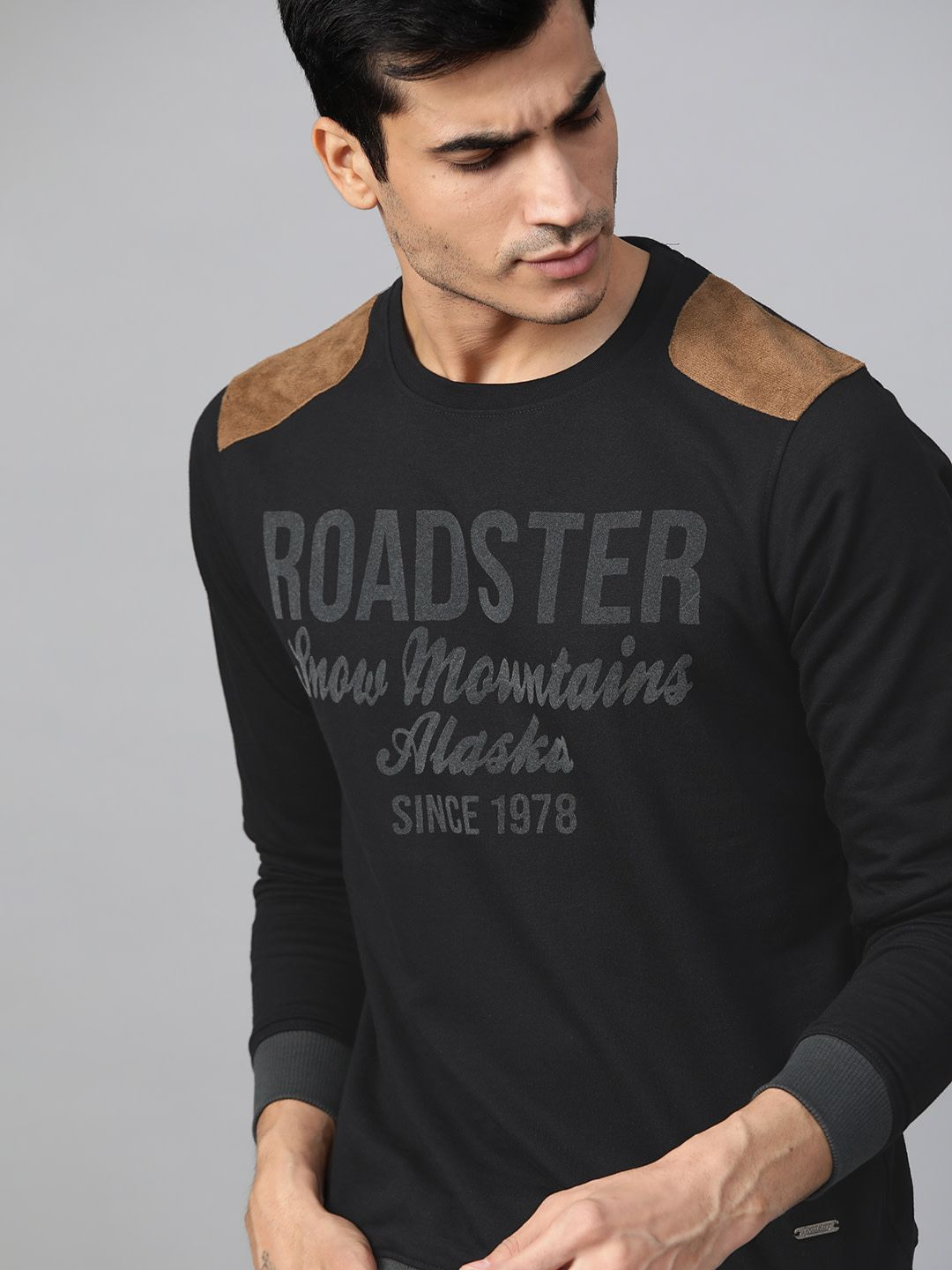 Roadster Men Black Printed Sweatshirt