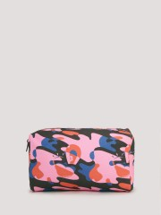 HATTIE X KOOVS Camouflage Print Wash Bag